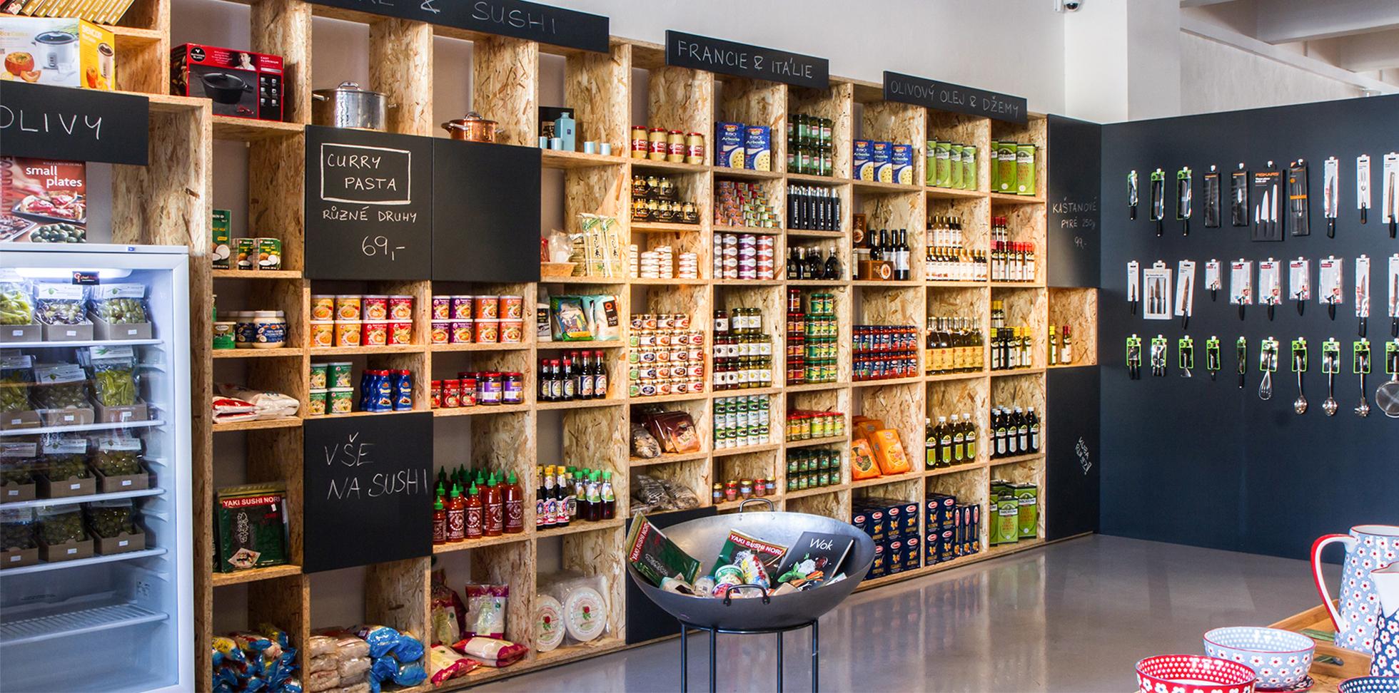 Interiér showroomu kuchyňského vybavení