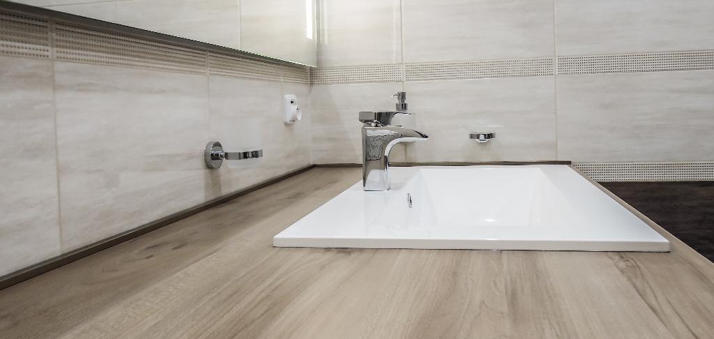 Přestavba koupelny, kreatier