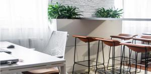 kancelář v industriálním stylu